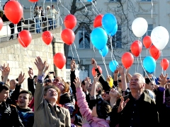 Crimea returns to Russia referendum 2014happy people celebrations baloons